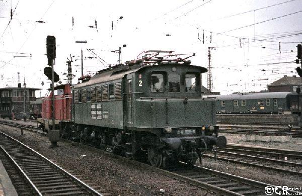 E 04   104