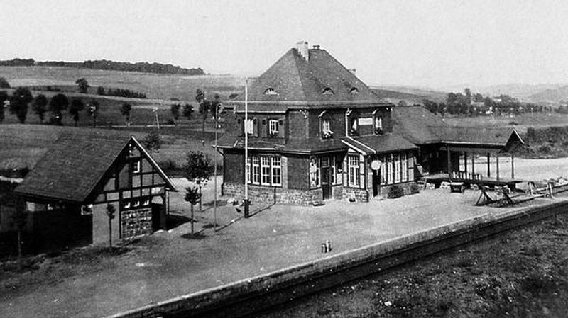 Bahnhof Scherl